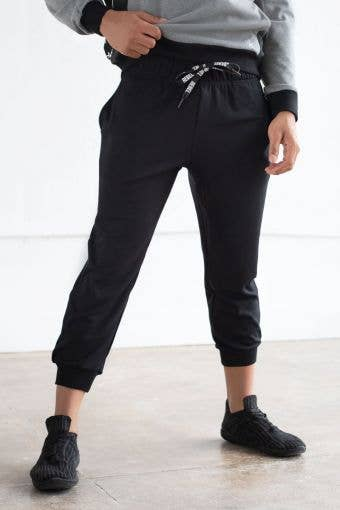 Energy Jogger in Black